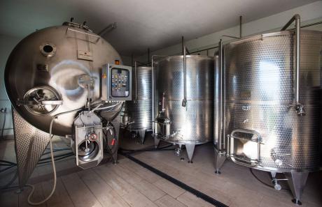 Le botti e l'invecchiamento del vino in Valtellina