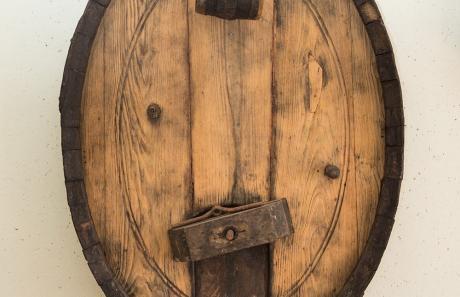 Antica botte della cantina Menegola